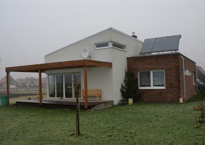 Rodinný dom Háj - prestrešenie terás