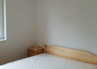 drevena postel pre drevostavbu